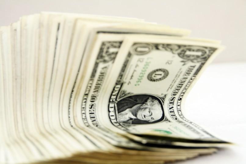 Pomysły na oszczędzanie - rabaty, nałogi i mądre kupowanie