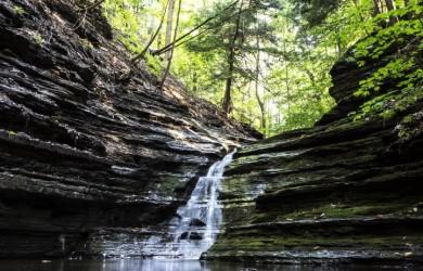 Woda mineralna i źródlana - niedobory magnezu