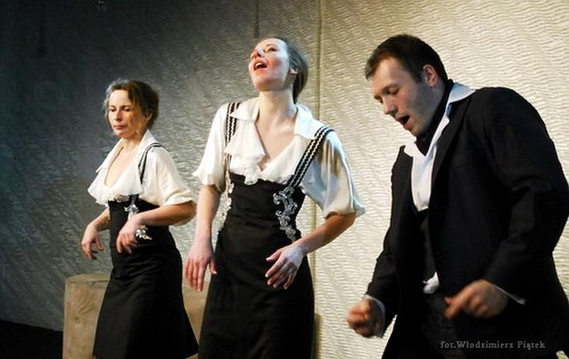 Idiotki - Teatr Współczesny w Szczecinie (cenzura w teatrach)