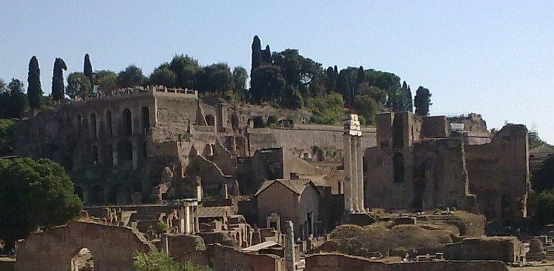 Zwiedzanie Rzymu - starożytne ruiny
